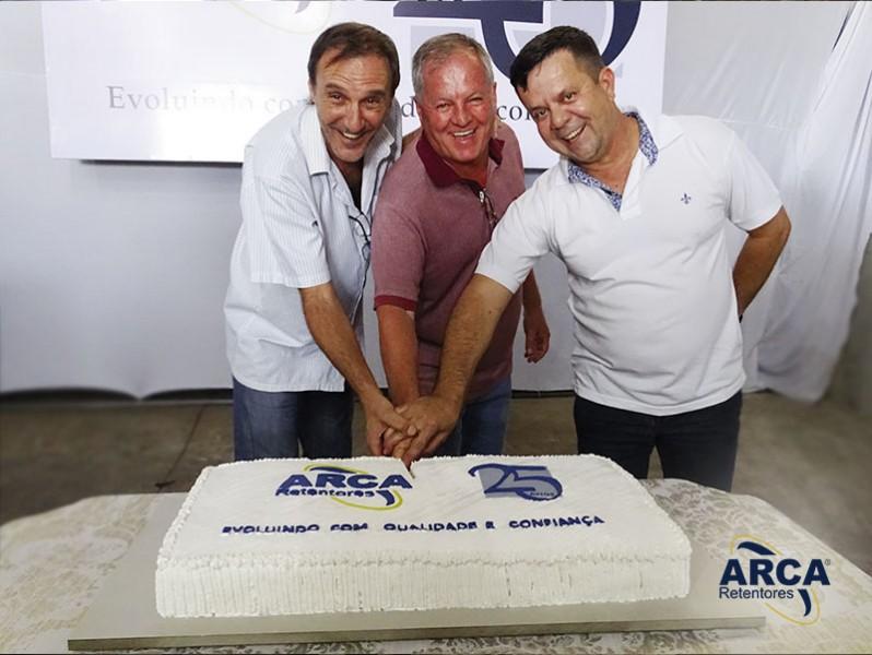 25 anos de ARCA é festejada por todos colaboradores nesse 15 de junho